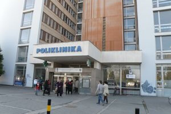 V levickej nemocnici podali výpovede aj viacerí chirurgovia a anesteziológovia.