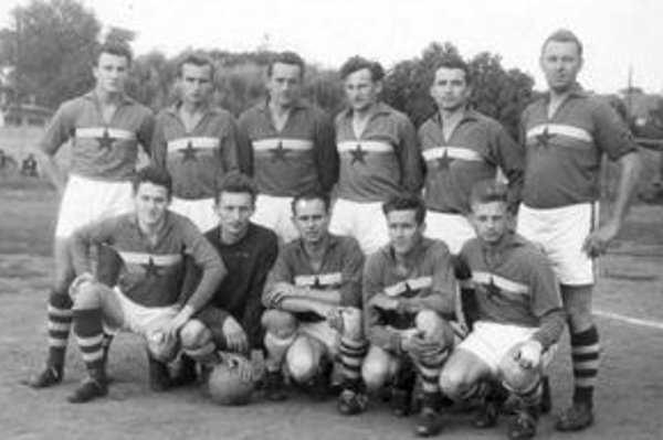 Mužstvo ČH Levice z roku 1960