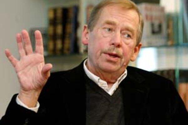Václav Havel (1936) - po novembri 1989 prvý československý nekomunistický prezident. Angažoval sa počas Pražskej jari, po nej vystupoval proti politickým represiám komunistickej normalizácie. Koncom 70. rokov sa stal spoluzakladateľom Charty 77 a Výboru n