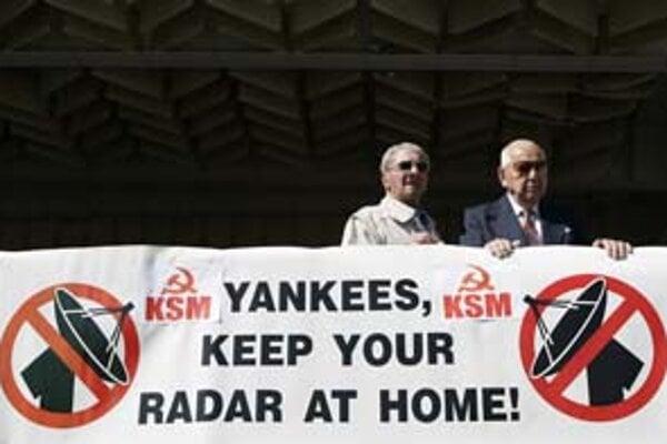 Americký radar odmietajú najmä komunisti. V petícii už nazbierali 150tisíc podpisov.