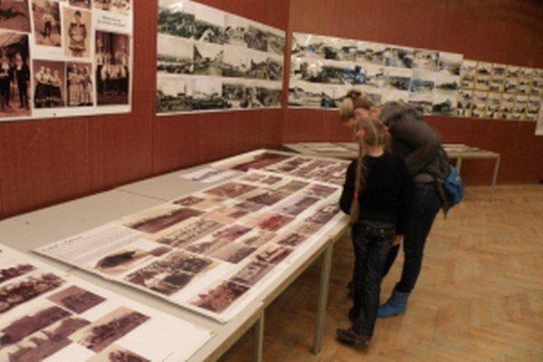 Senici stála expozícia chýba. Z Konferencie o histórii 2013.