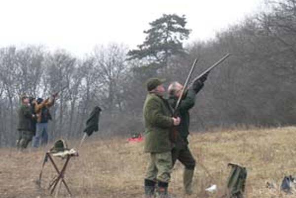 V okolí Levíc sa poľovníctvu darí.