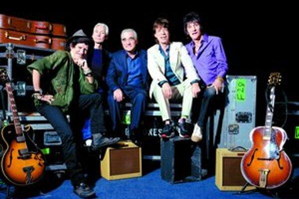 Rolling Stones na pódiu i mimo neho. Martin Scorsese o nich nakrútil unikátny filmový dokument, pomáhali mu oscaroví kameramani.