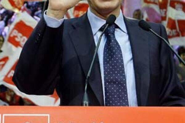 Liberálnu politiku španielskeho premiéra Zapatera k prisťahovalcom začínajú odmietať i ľavicoví voliči.