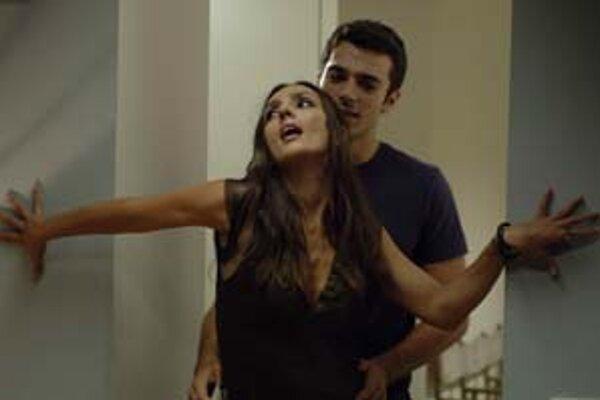 Z filmu tureckého režiséra Ferzana Ozpeteka Saturno Contro.