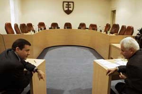 Poslanci Lipšic a Abelovský na Ústavnom súde