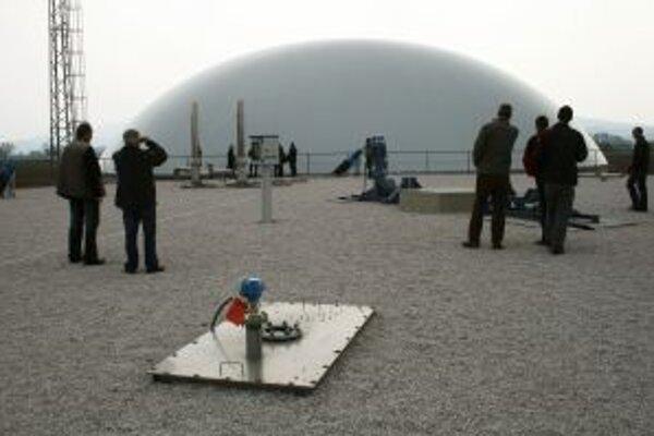 Bioplynovú stanicu v Rohove odmietli, tá v Chynoranoch (na snímke) zatiaľ slúži.