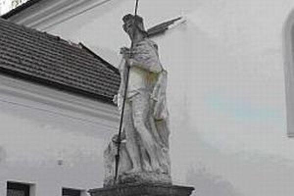 Sochu sv. Floriána zreštaurujú.