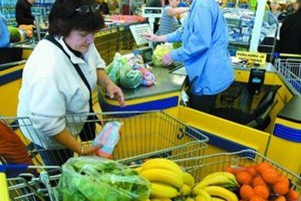 Štatistiky potvrdzujú, že zvýšenie cien potravín bolo vo viacerých starých členských krajinách najmä dôsledkom vnímaného europesimizmu a vyššej citlivosti na zaokrúhľovanie cien nahor.