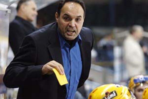 Tréner Ernest Bokroš prestúpil zo zlínskej striedačky na vítkovickú.