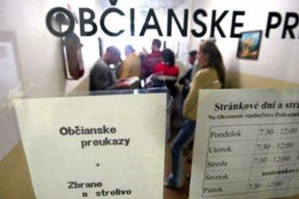 Občianske preukazy budú vydávať pred voľbami rýchlejšie.