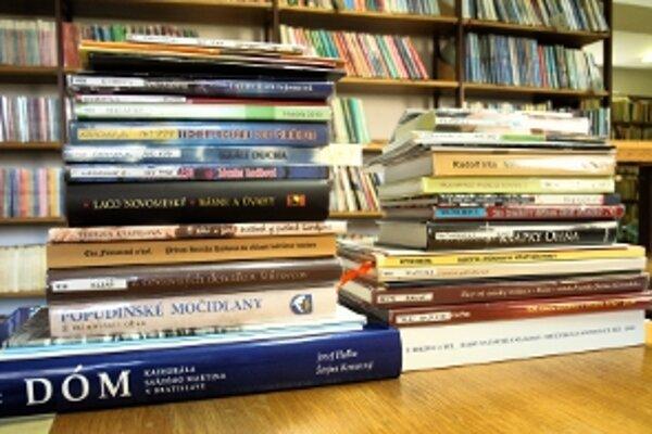 Do ankety KNIHA ZÁHORIA 2010 je prihlásených štyridsaťdva titulov.