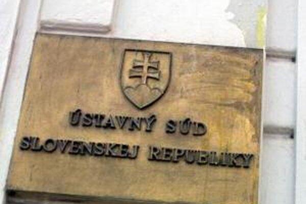 V podaní, ktoré dostal Ústavný súd Slovenskej republiky z Jablonice, chcú zrušiť výsledky volieb.