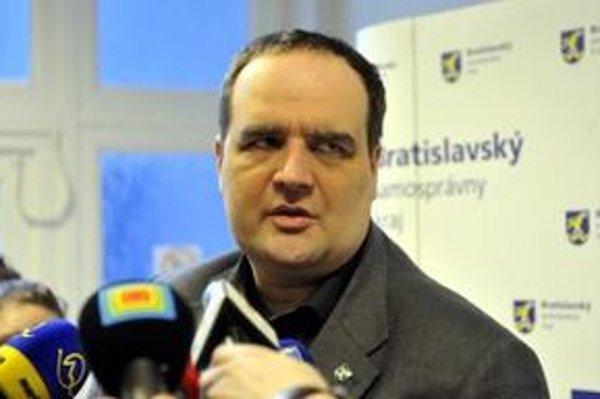 Podľa predsedu Bratislavského samosprávneho kraja Pavla Freša sa spojenie na železničnej trati Zohor-Záhorská Ves nezruší.