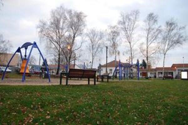 Plavecký Štvrtok patrí k obciam, ktorým sa v rámci Bratislavského samosprávneho kraja podarilo získať peniaze z eurofondov na obnovu centrálnej časti obce.