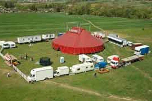 Cirkus Carini už na Slovensku raz bol.