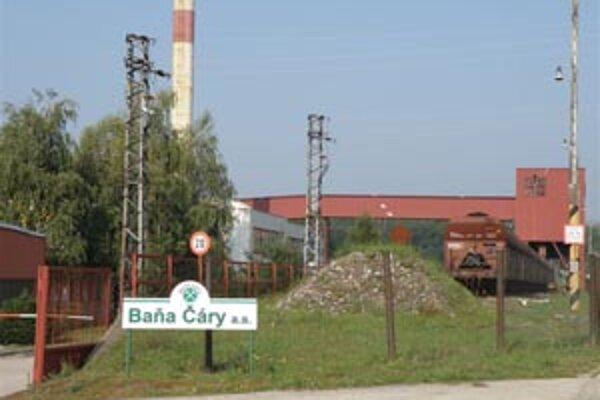 Niektoré pozemky pod Baňou Čáry doteraz patria súkromným vlastníkom.