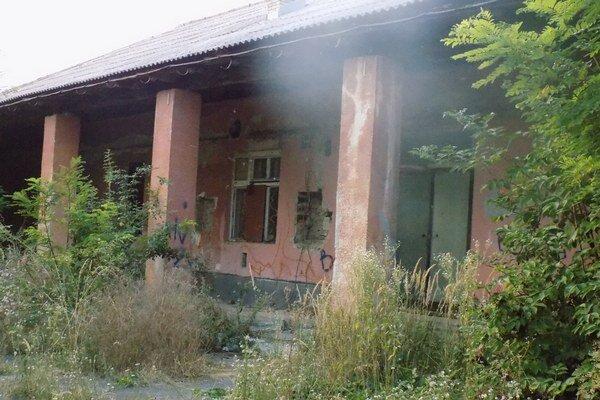 V budove na Kasárenskej sídlila mestská spoločnosť Novocentrum,