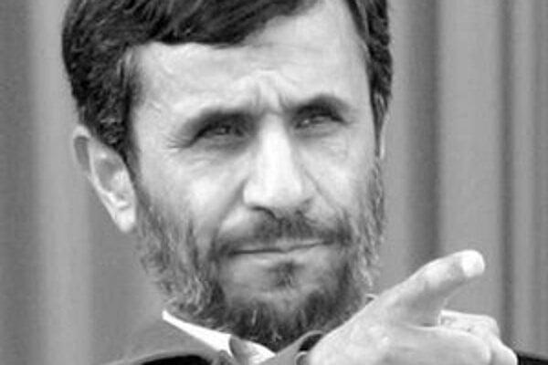Iránsky prezident Mahmúd Ahmadínedžád sa jadra nevzdá.