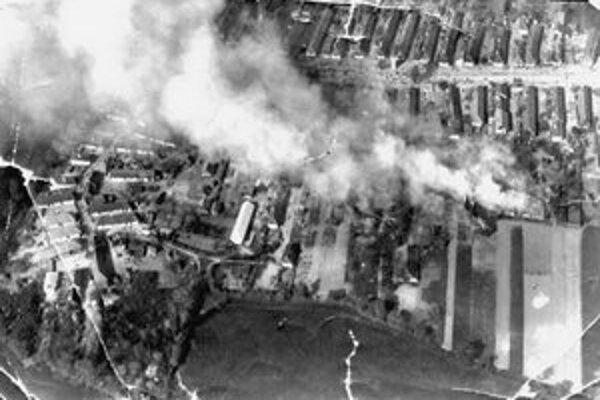 Letecký záber požiaru v Chrenovej z tridsiatych rokov.