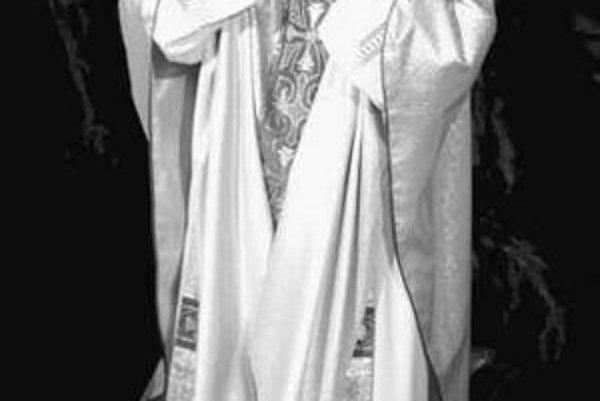 Stanislaw Wielgus spoluprácu s poľskou komunistickou tajnou službou tajil, nakoniec pre ňu ako varšavský arcibiuskup skončil.