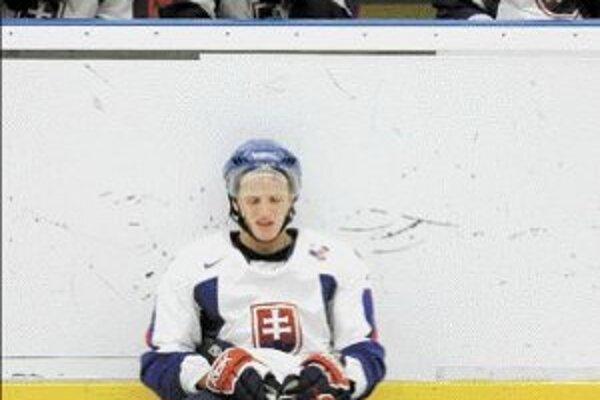 Dobojované. Slovenská hokejová reprezentácia sa na poslednom svetovom šampionáte vo Švédsku nedokázala zachrániť vlastnými silami. Treba niečo robiť.