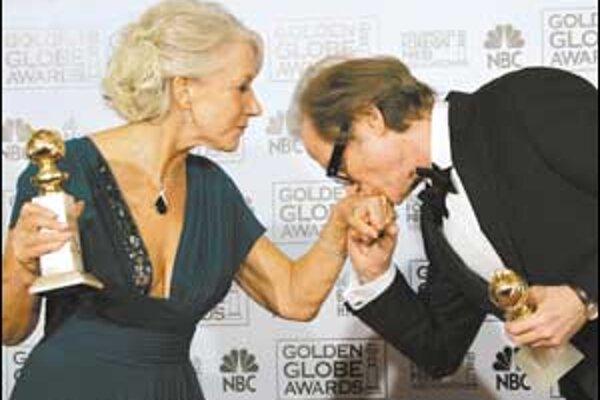 Absolútneho víťaza Zlaté glóbusy nemali. Aspoň nie medzi filmami. Pozornosť pútala najmä Helen Mirren. Glóbus dostala za úlohu Alžbety II. vo filme Kráľovná i za postavuAlžbety I. v televíznom filme. Je to zrejme najväčšia favoritka na Oscara.