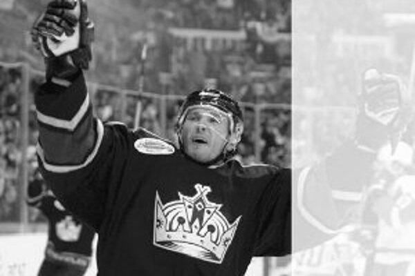 Postavenie tímu Los Angeles Kings na chvoste konferencie NHL dáva len nepatrné vyhliadky na postup do play off, a tak útočne ladený obranca Ľubomír Višňovský by mohol byť po základnej časti voľný pre reprezentáciu. Na snímke sa teší z gólu v sieti Detroi