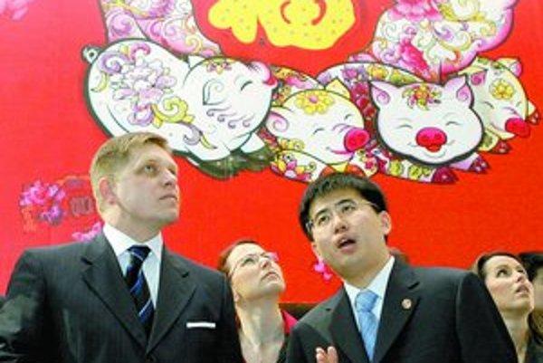 Premiér Fico sa v Číne snaží rozvíjať dobré ekonomické vzťahy.