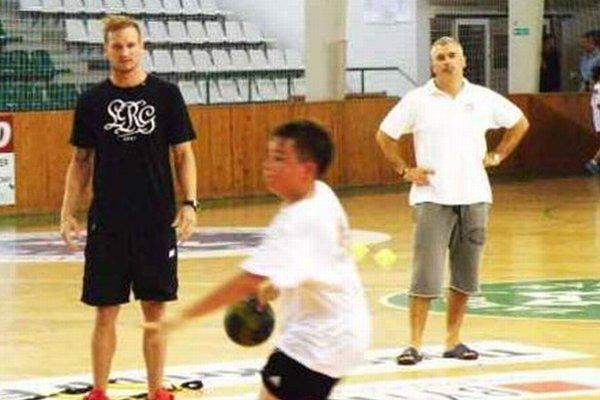 Martin Straňovský sa zapojil aj do tréningu.