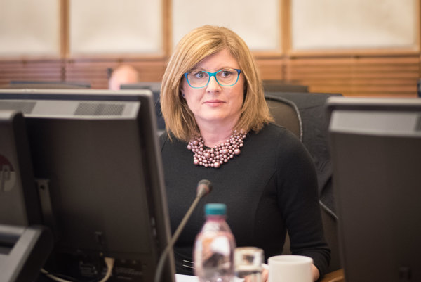 Ministerka pôdohospodárstva Gabriela Matečná