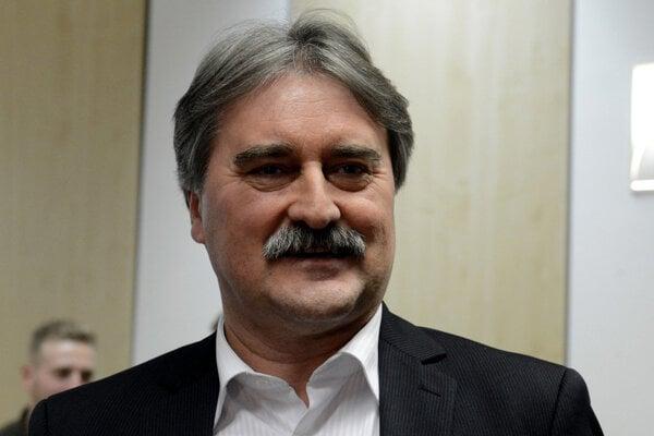 Gyula Bárdos.