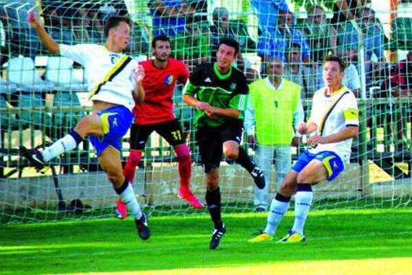 Ilustračné foto je z predchádzajúceho zápasu FKM z D. Lužnou v N. Zámkoch.