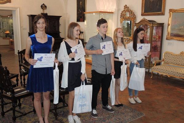 Ocenení v kategórií stredoškolákov.