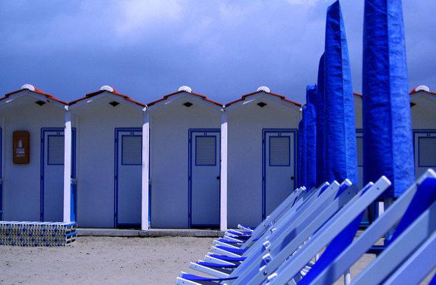 Za súkromné pláže v Taliansku sa platí, máte však k dispozícii kompletný servis a starostlivosť.