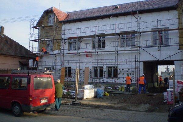 Rekonštrukcia spolkového domu.