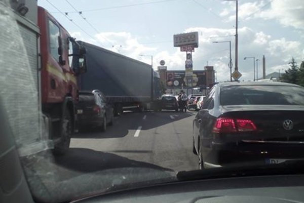 Dopravná nehoda na Košickej.
