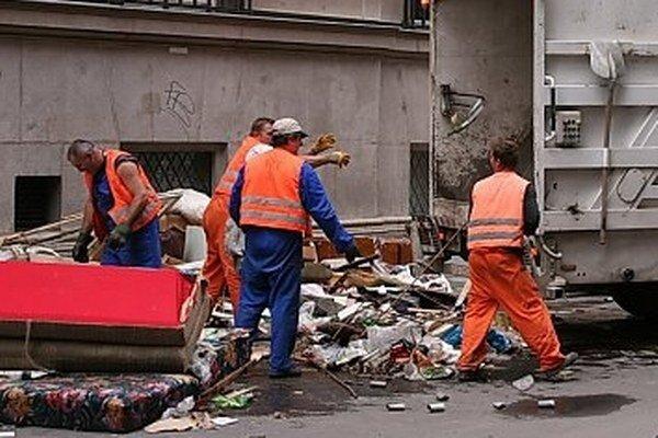 Nedoplatky za odpad tvoria podstatnú časť restov v mestskej pokladni.