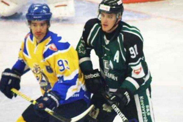 Nagy Gergő (91) v zelenom. Jeho premiérový gól v drese HC bol zároveň víťazným.