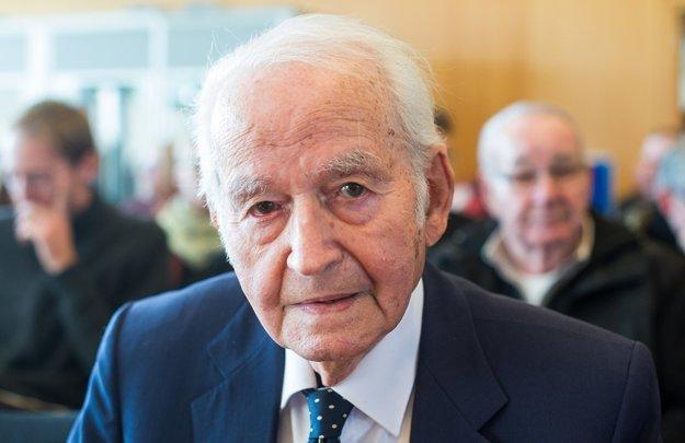 Leon Schwarzbaum, muž, ktorý prežil väznenie v Auschwitzi.