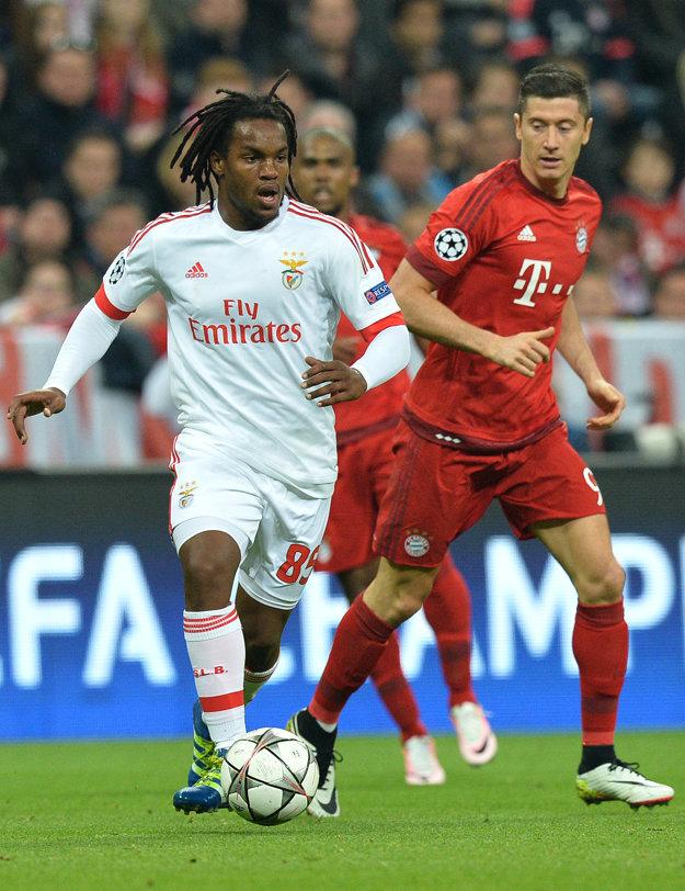 Zaujímavosťou je, že Sanches si proti Bayernu zahral v apríli v rámci štvrťfinále Ligy majstrov.