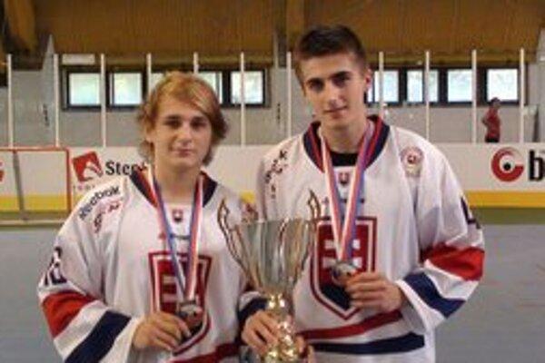 Martin Vnuk a Denis Vaďovský reprezentovali Slovensko.