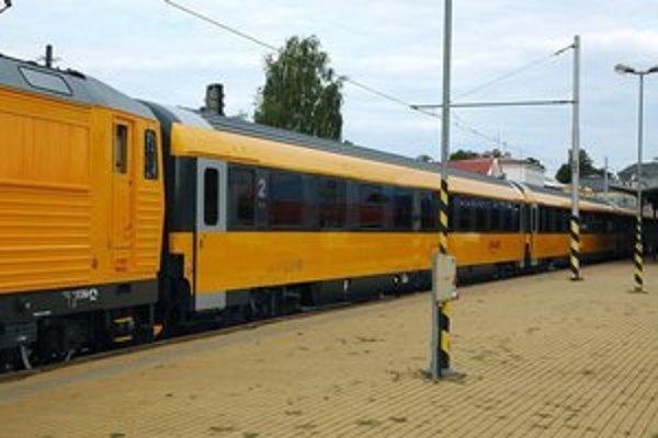 Vlak Regiojet.