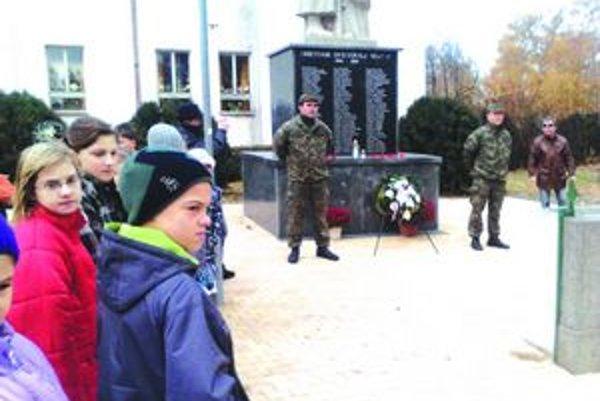 Vojnoví veteráni aj najmladší Palárikovčania.