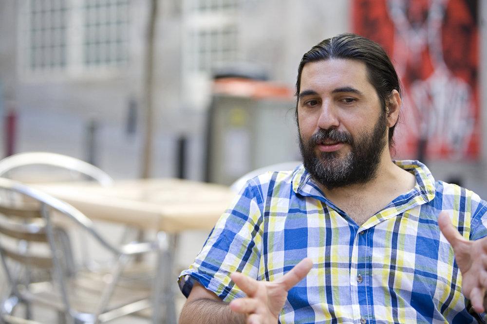 Na prestížnom festivale v San Sebastiane sa premietali dva film, na ktorých spolupracoval Nacho Arenas. Neznámy (El desconocido) a Nevesta (La novia)