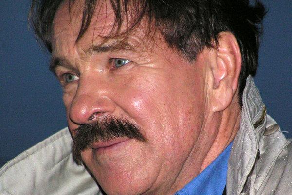 Götz George ako Horst Schimanski.