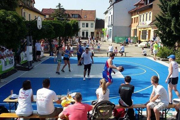 Účastníci druhého turnaja sa museli popasovať aj s horúcim počasím.