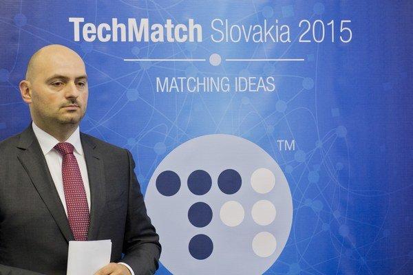 Riaditeľ Slovak Business Agency Branislav Šafárik. Ministerstvo hospodárstva mu pre konferenciu s čudným pozadím posiela do agentúry audítorov.