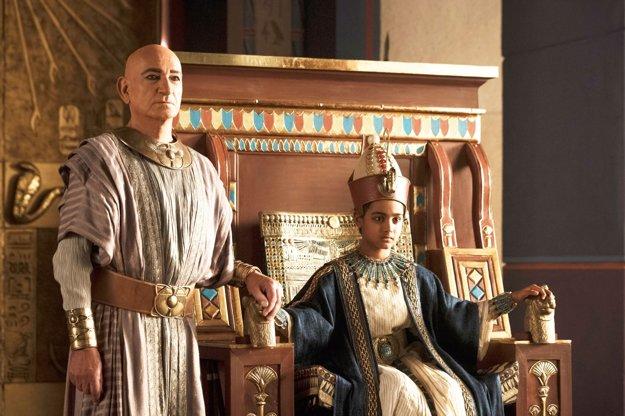 Vládnuť začal ako deväťročný. V snímke Tutanchamón režiséra Davida Von Anckena stvárnil jeho poradcu Ben Kingsley.