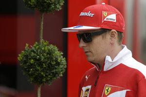 Kimi Räikkönen bude pokračovať vo Ferrari.